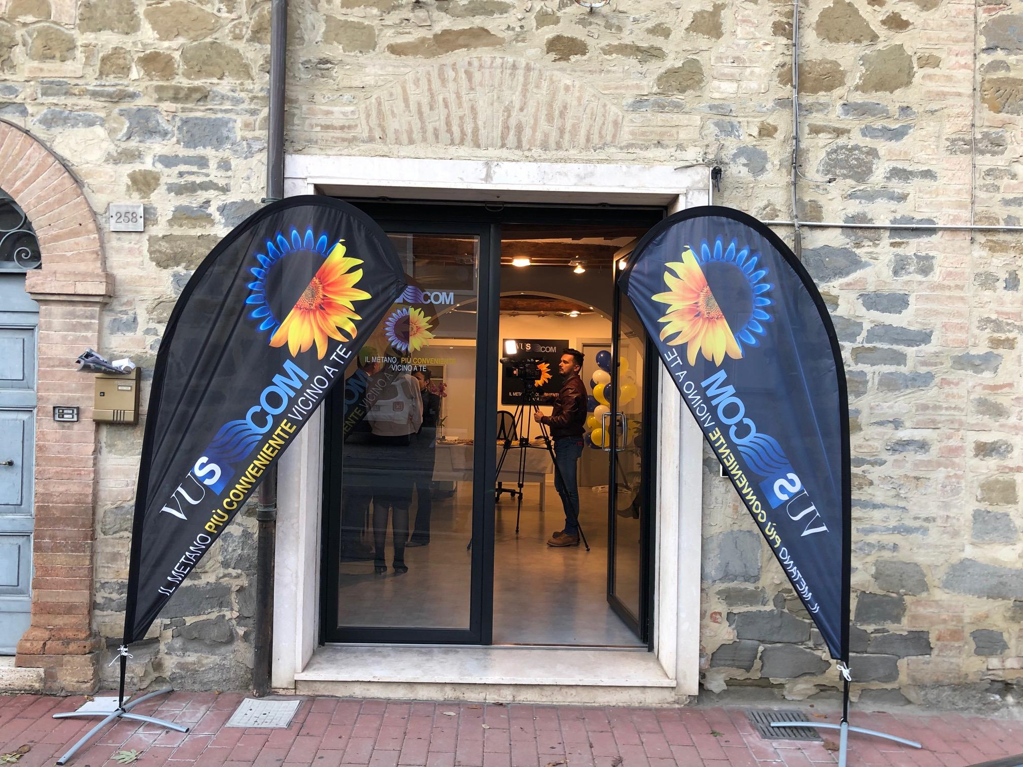 Inaugurato Il Primo Ufficio Vus Com A Perugia Vuscom